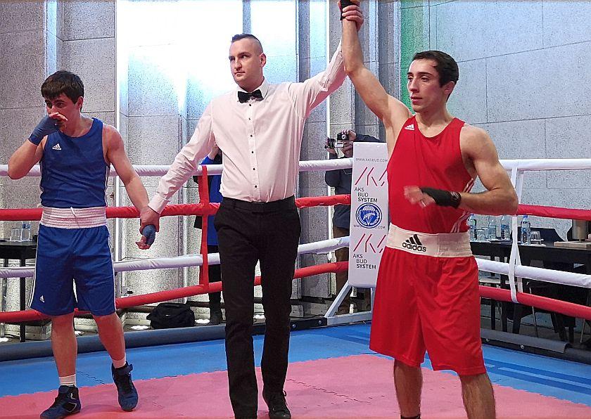 Kategoria 56kg Gasan Magomedov vs Peiman Askerov