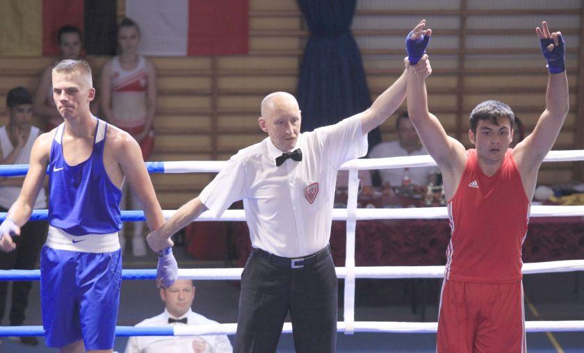Dawid Polak (Box Hawiżov - CZE) vs Sebastian Kusz (KS Ziętek Team Kalisz) PKT 2-1