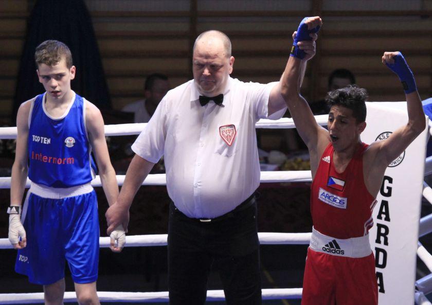 Josef Slepik (Banik Karvina - CZE) vs Nikodem Szafarz (Boxing Radom) PKT 3-0