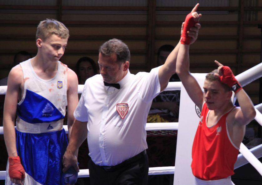 Oskar Jędrysiak (DKB Dzierżoniów) vs Mishail Mirosh (Mostiska - UKR)  PKT 3-0