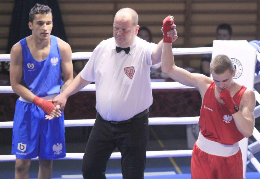 Łukasz Perkowski (KnockQut Bielany) vs Kacper Ciureja (PTB Tiger Tarnów) PKT 2-1