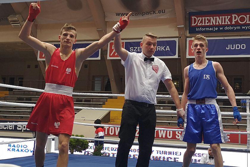 56kg Paweł Brach (Polska) vs Sebastian Ptak (UKS Morsy Dębica)