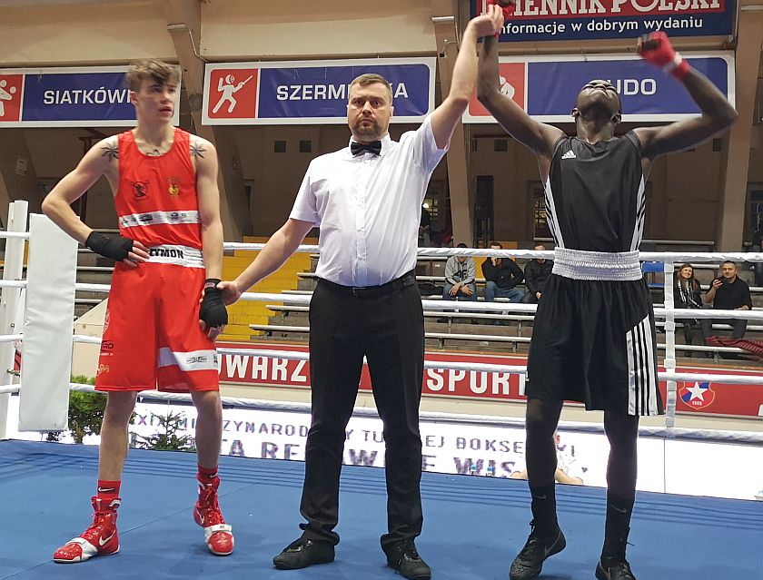 60kg Szymon Skorupa (Polska) vs Lassana Konate (Francja)