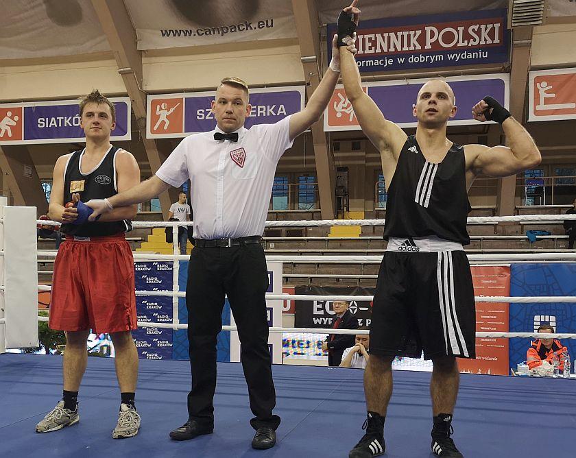 75kg Michał Bulanda (Niezrzeszony MZB - Nowy Sącz) vs Wiktor Czopek (Akademia Boksu Gortata)