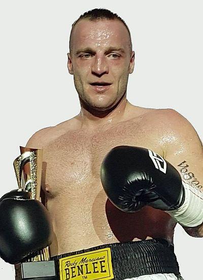 Gala boksu w Opolu - Radosław Chojnowski vs Ruslan Rodzivic